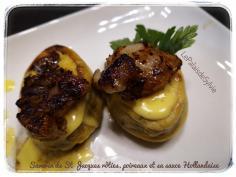 Savarins de Saint-Jacques rôties, poireaux et sauce Hollandaise